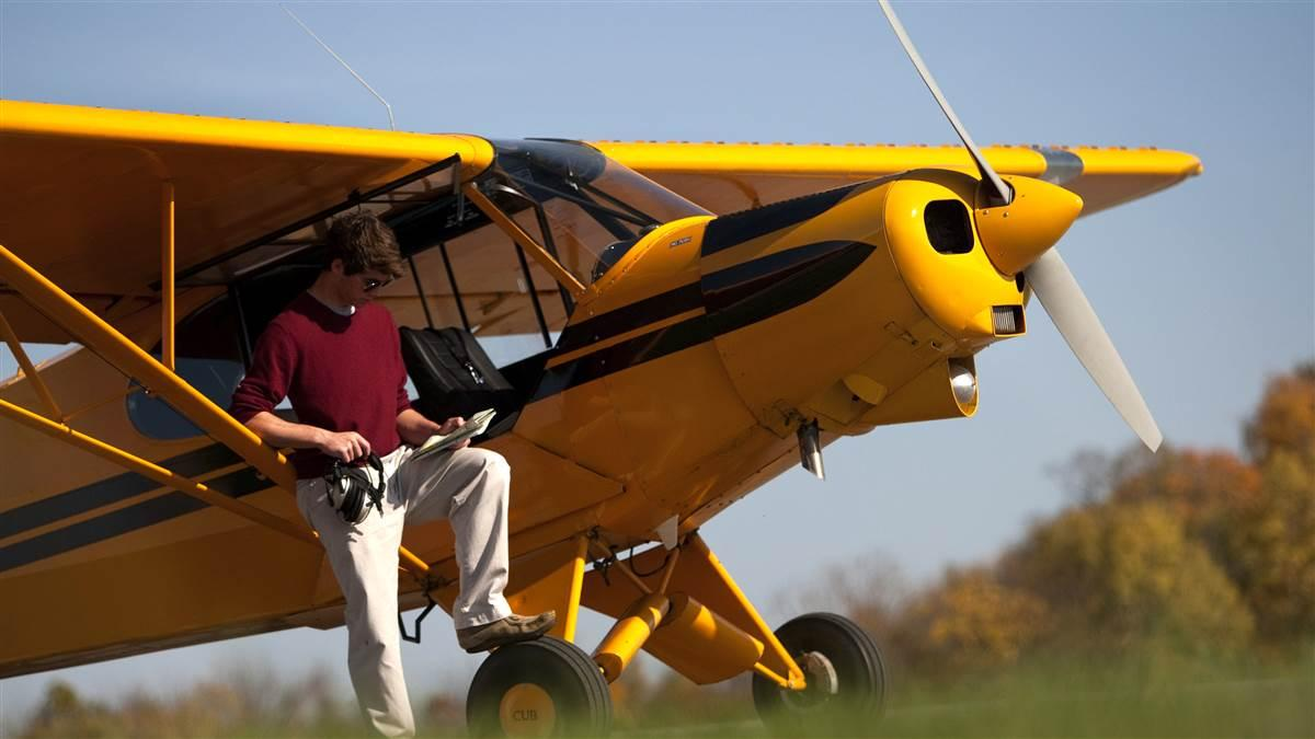 High School Flight Training Scholarships